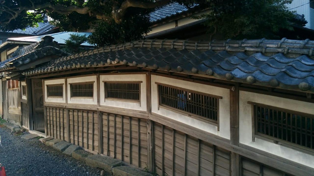 秋田家住宅塀